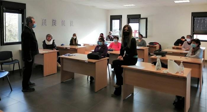 El Centro de Adultos Jacetania retoma su agenda complementaria con un taller de autoconfianza.