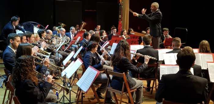 Una de las últimas actuaciones de la Banda de Música Santa Orosia con público, en el Palacio de Congresos. (FOTO: Rebeca Ruiz)