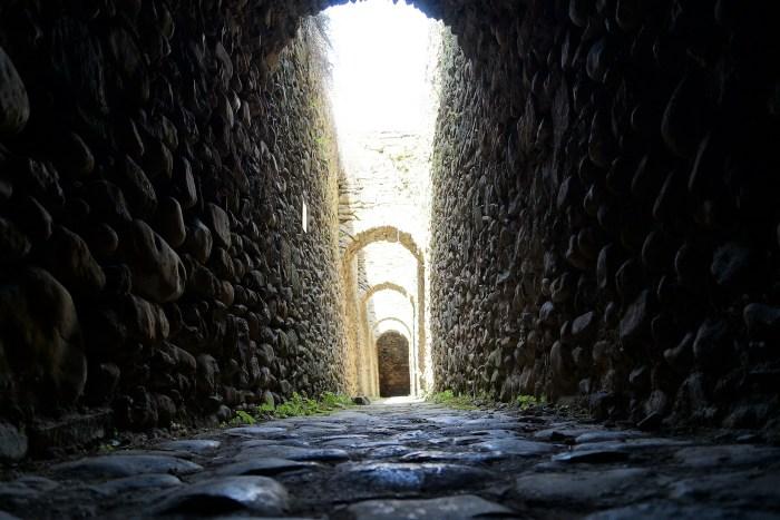 Entrecopas propone un paseo virtual por los rincones más desconocidos de la Ciudadela de Jaca. (FOTO: Rebeca Ruiz)