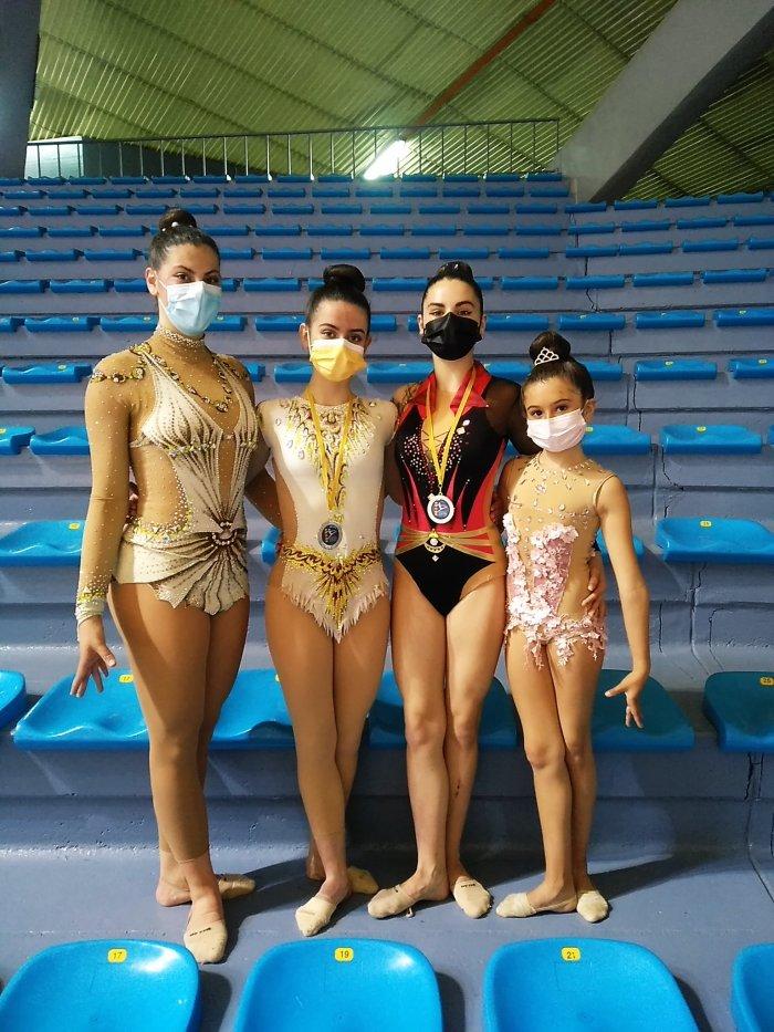 Buenos resultados en las últimas competiciones de las gimnastas de Jaca.