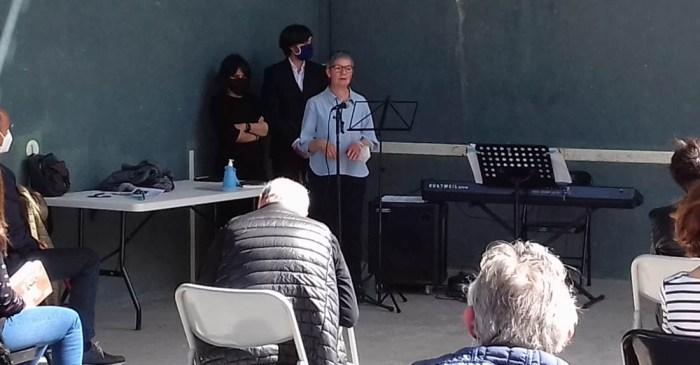 La filóloga María Jesús Acín presenta Toponimia y léxico de Yésero. (FOTO: Comarca Alto Gállego)