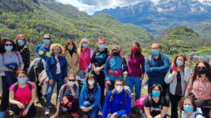 Participantes en la reunión sobre el sector del turismo, durante su visita a Panticosa.