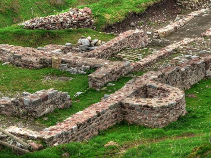 Ruinas del Hospital de Santa Cristina, que este año estará en Fitur (FOTO: Archivo del Gobierno de Aragón)