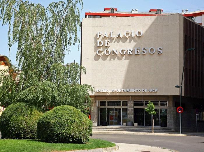 La actividad cultural regresa al Palacio de Congresos de Jaca de la mano de Sandra Araguás. (FOTO: Oficina de Fomento de Jaca)