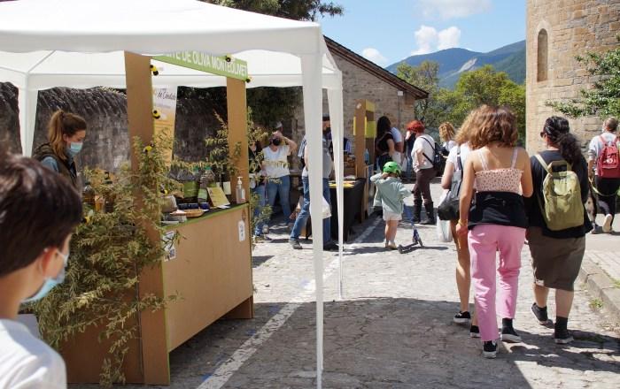 La Feria de la Primavera llega, por primera vez, al Barrio de la Peña. (FOTO: Rebeca Ruiz)
