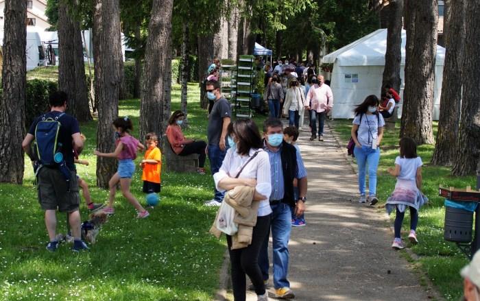 Por primera vez, la Feria de la Primavera llega a La Conchada, una ubicación muy bien acogida. (FOTO: Rebeca Ruiz)