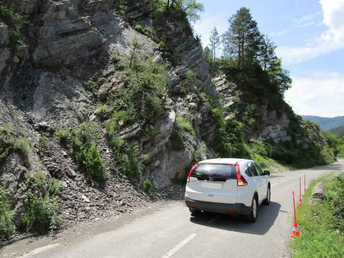 La DPH continúa la mejora del acceso a Zuriza con una inversión superior a 170.000 euros. Estado de la carretera tras la primera fase de la actuación. (FOTO: DPH)
