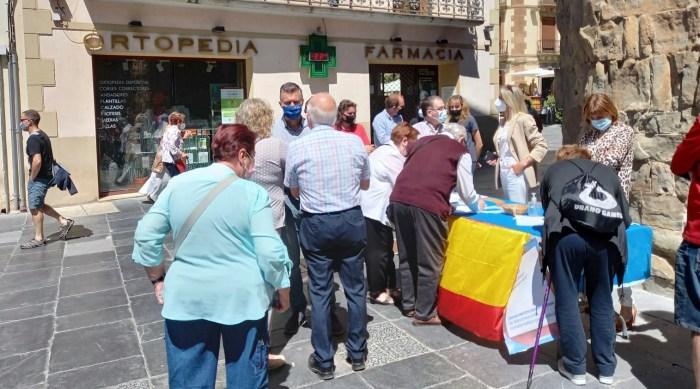 El PP recoge en Jaca más de 300 firmas contra los indultos a los condenados por sedición. (FOTO: Javi del Pueyo)