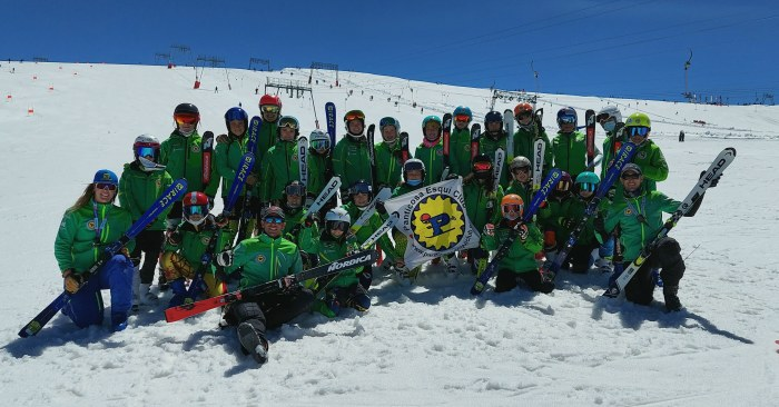 Cerca de 30 deportistas del Panticosa Esquí Club comienzan su temporada en Les 2 Alpes. (FOTO: PEC)