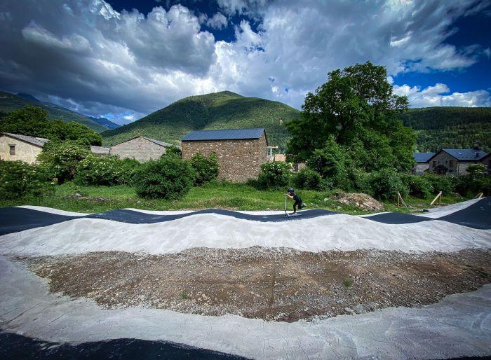 Nuevo Pump Track de Villanúa. (FOTO: Ayuntamiento de Villanúa)