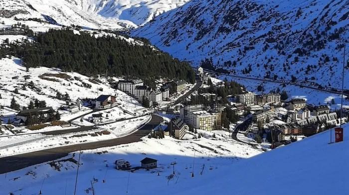 Los empresarios Pirineos Alto Gállego apoyan al Valle del Aragón en la lucha por Candanchú