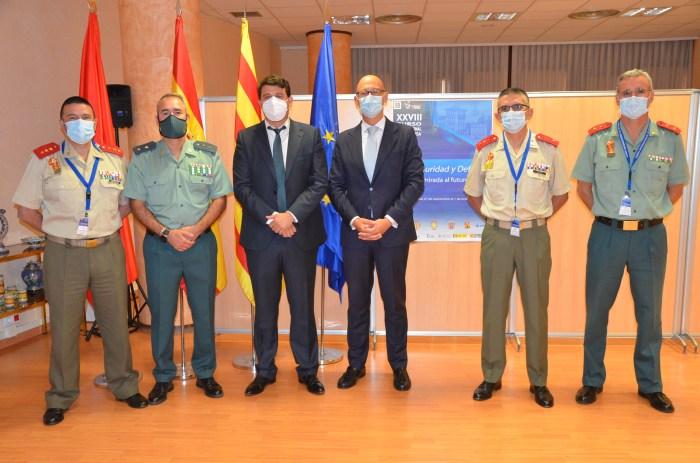 El Curso de Defensa de Jaca aborda la seguridad en el contexto de las nuevas tecnologías.
