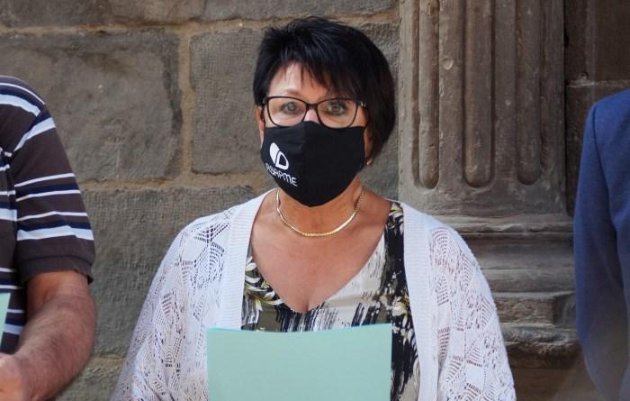 Ana López, gerente de Asapme, durante la lectura del manifiesto. (FOTO: Rebeca Ruiz)