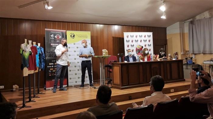 Cuenta atrás para la Quebrantahuesos más esperada. Un momento de la presentación en Sabiñánigo. (FOTO: Gobierno de Aragón)