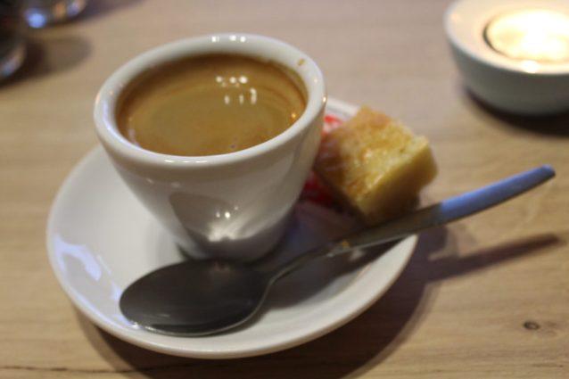 Brasserie Nauerna heeft een uitgebreide kaart en uitstekende koffie