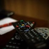 Raspberry Pi からTVの電源ON/OFFの制御をする