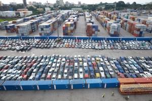 conakry-voitures déchargées