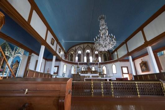 Eglise de l'île au marin devant St Pierre