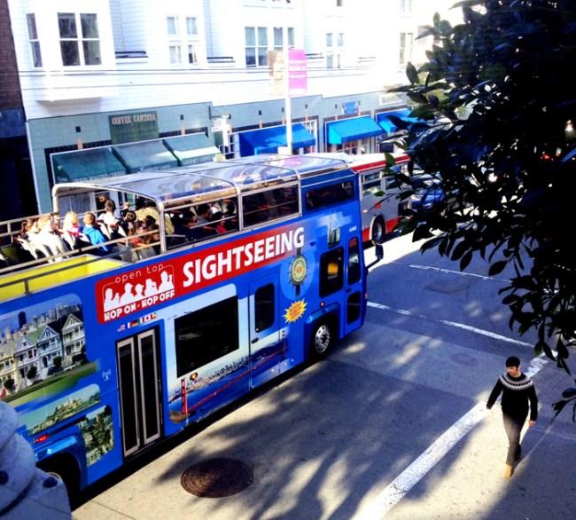 San Francisco tourist bus