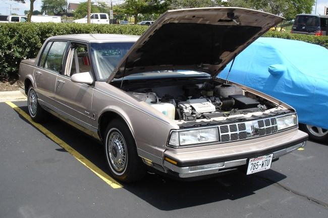 Dsc on 1985 Buick Lesabre Green