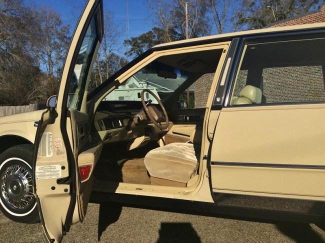 https://www.ebay.com/sch/i.html?_from=R40&_nkw=1986+Oldsmobile+ninety+eight&_sacat=6001&_fosrp=1