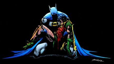 Batman-Holding-Jason-Todd