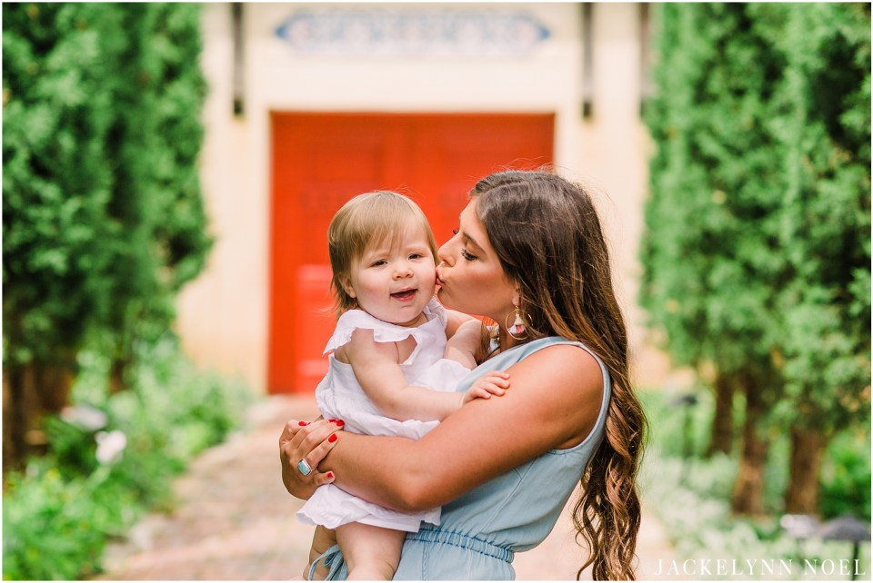 St. Louis Family Photographer - Jackelynn Noel Photography