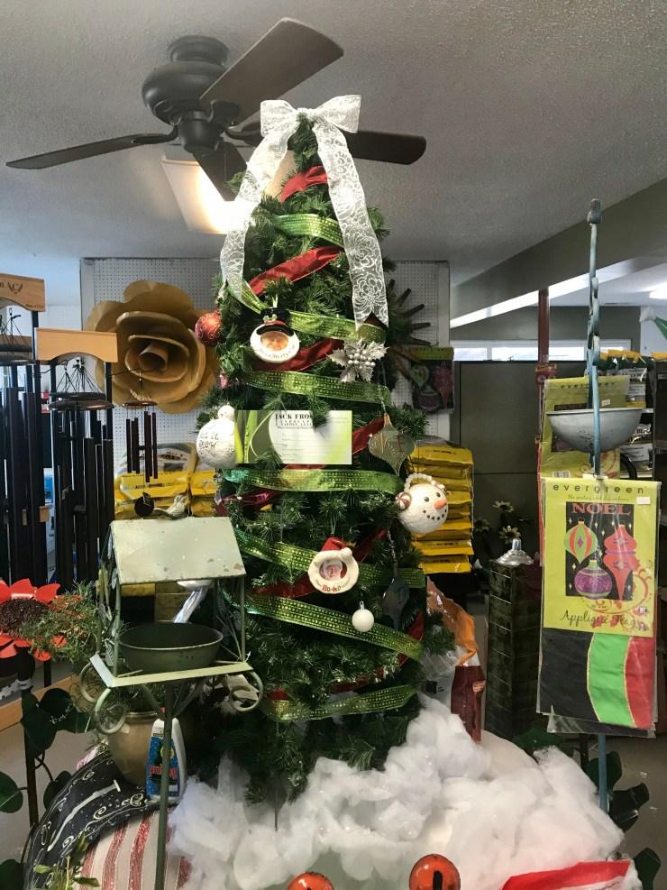 DIY tomato cage Christmas tree