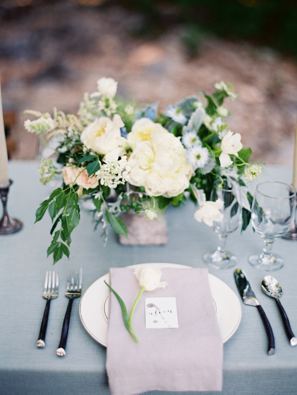 Blue-Gray-Green-Wedding-Table-600x796
