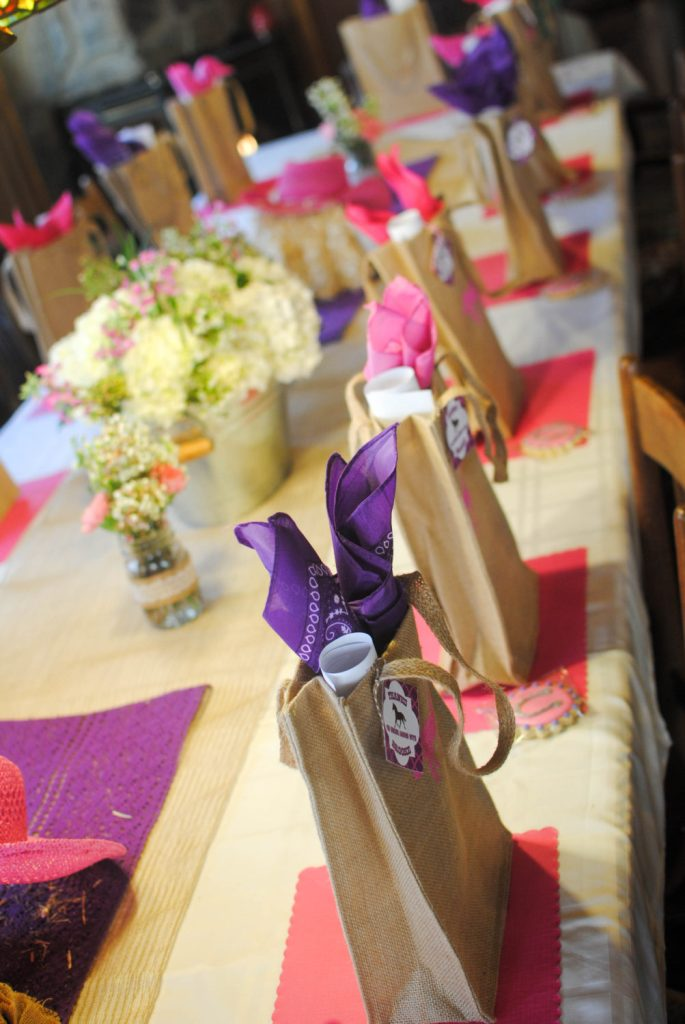 TABLESCAPE5