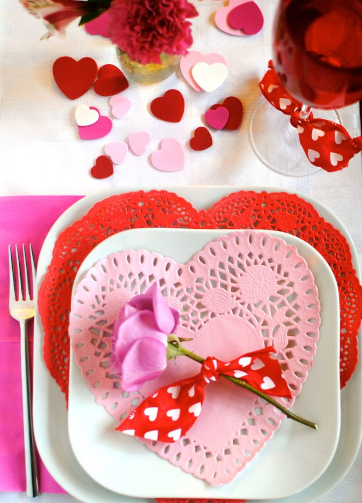 full place setting with rose