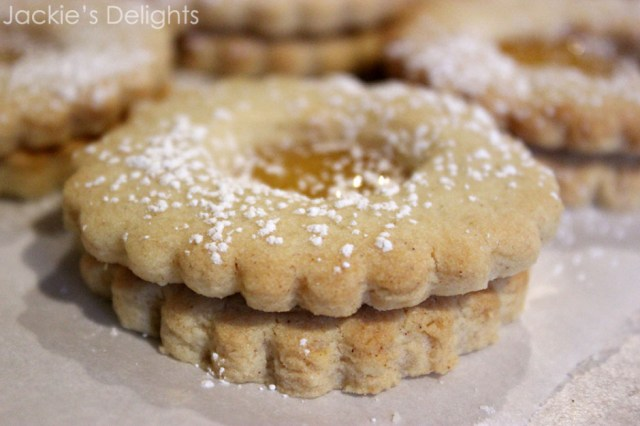 almond linzers.3