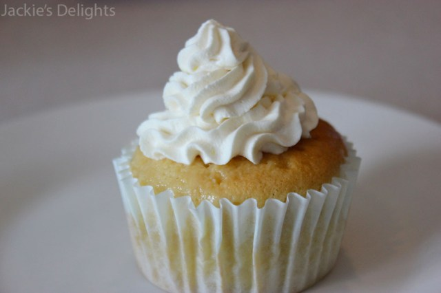 tres leches cupcakes.7