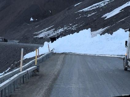 Avalanche on Atigun Pass