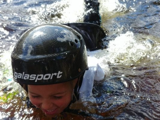 Teaching kids under 12 years how to paddle: TIP #1