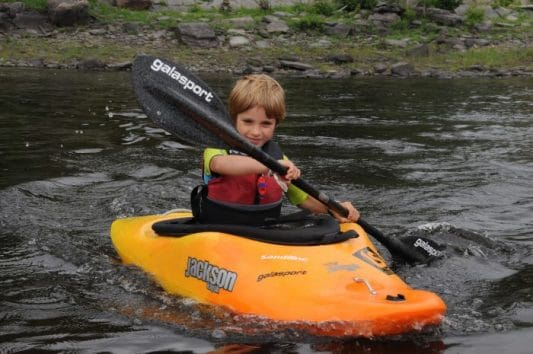 Teaching kids under 12 years how to paddle: TIP #2