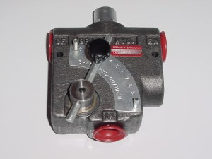 adjustable-priority-flow-valve