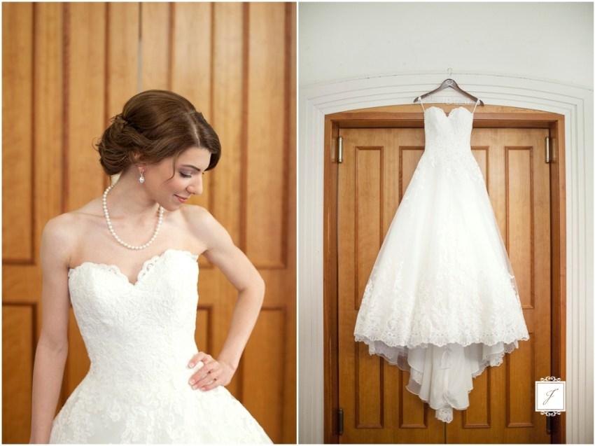 Classic Blush barn at Ligonier Wedding_Jackson Signature Photography_0003, Choosing A Timeless Wedding Dress