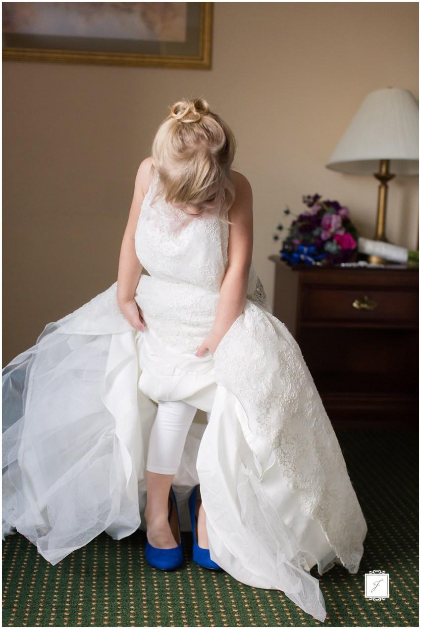 LindseyAdam_ Stonehenge Wedding_ Jackson Signature Photography_0008.jpg
