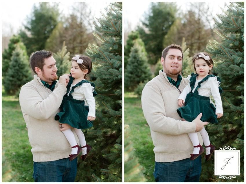Ridilla's Tree Farm, Latrobe Portrait Photographer, Greensburg Family Portrait Photographer, Pittsburgh Portrait Photographer, Latrobe Family Portrait Session, jackson Signature photography, laurel highlands Portrait Photographer, Ligonier Portrait Photographer,