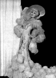 Mae-West-in-Belle-of-the-Nineties-1934