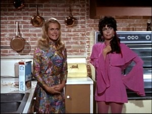 Samantha-and-Serena-bewitched-3652938-445-334