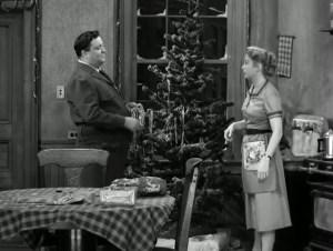 the-honeymooners-twas-the-night-before-christmas-06