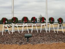 wreaths-across-america-2010-046-resized