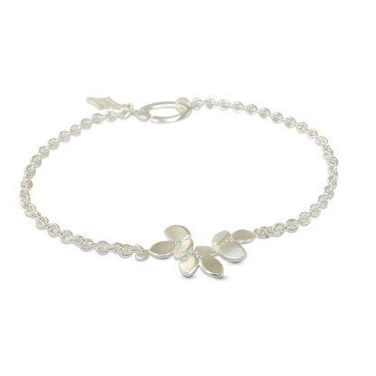 Silver diamond wedding bracelet in a delicate leaf design. Simple and contemporary design makes a perfect wedding bracelet, available with or without diamonds.