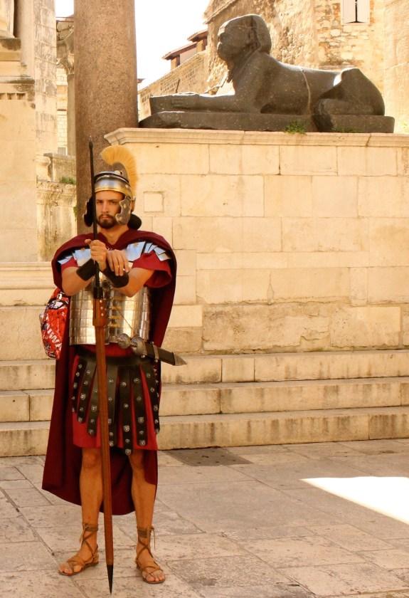 Palace Guard, Split