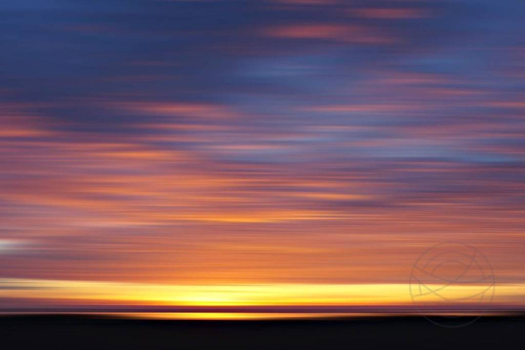 Burning Sunset (4) - Abstract realistic fine art seascape photography by Jacob Berghoef