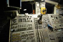 space-shuttle-cockpit-controls-i2