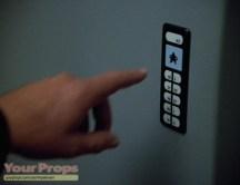 Star-Trek-Voyager-Door-Control-Panel-2