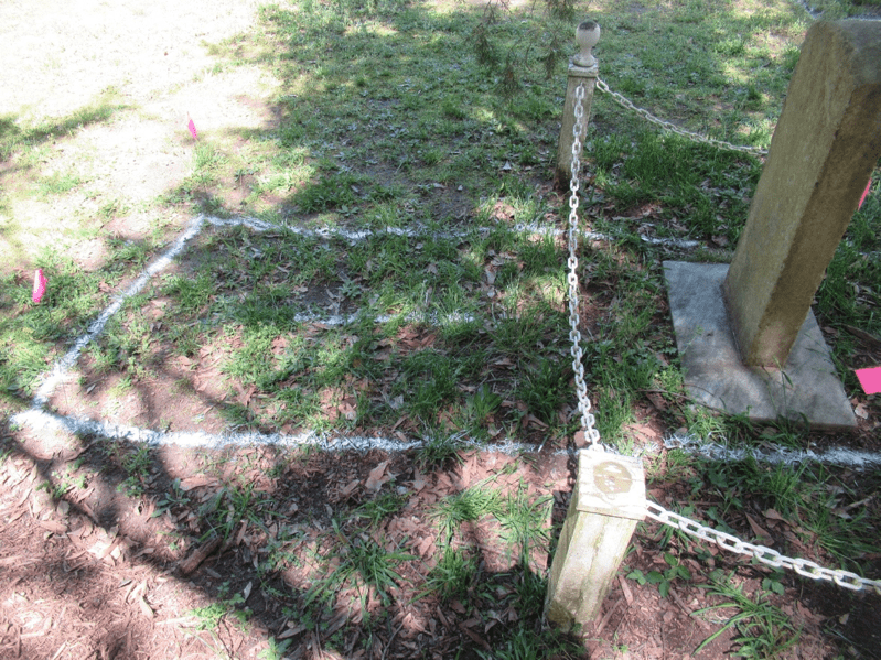 Female grave adjacent to (west of) Theophilus Hunter's grave